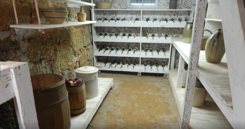Sterne-Hoya House wine cellar